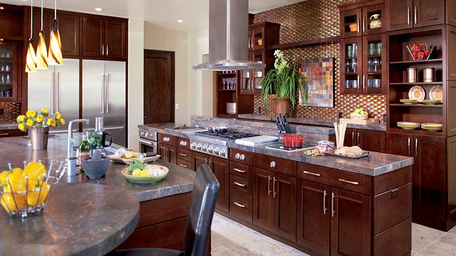 Capistrano cherry bordeaux kitchen timberlake cabinetry for Cherry bordeaux kitchen cabinets
