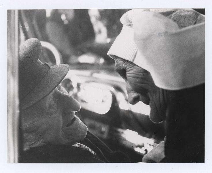 100-jarige feest : Mina de Bresser - Foolen werd honderd jaar op 28 augustus 1959. Zuid Nederlands Fotobureau (fotograaf) - 1959