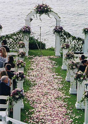 Petal Aisle Wedding Ceremony Flowers Seattle Z96017005 W02 Cuvier July02 Purple Pink Petals