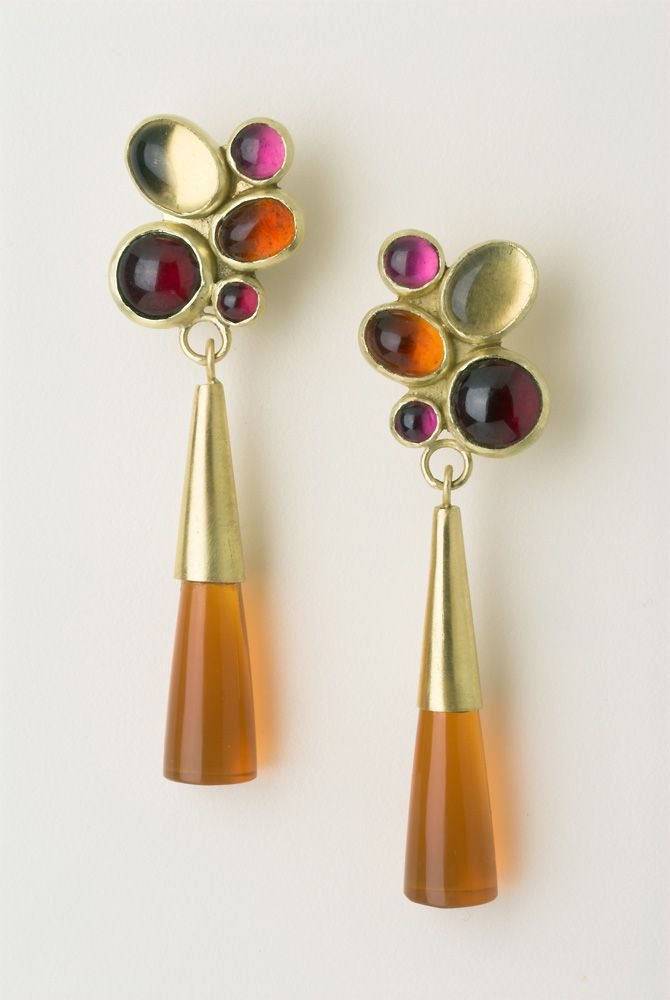 Tutti Frutti earrings in 18 carat gold with Oregon opals, citrines, garnets and pink tourmalines.