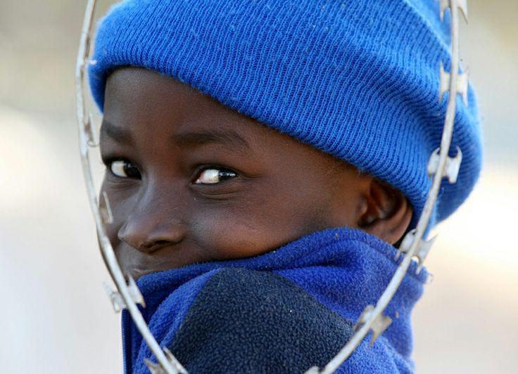 Garçon à Johannesburg, en Afrique du Sud.   Photo UNHCR / J. Oatway