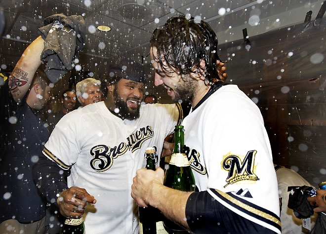 Brewers clinch the Division!Fielder Hands, Fav Sports, Brewers Clinch, Hands Shakes, Milwaukee Brewers, Brewers Baseball, Milwauk Brewers, Wisconsin Sports, Bottle