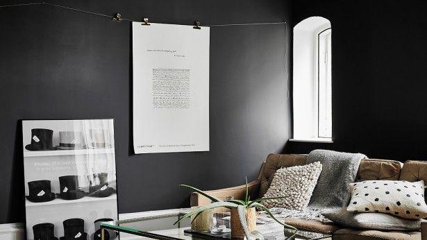 Inspiratieboost: stijlvolle woonkamer met donkere kleuren