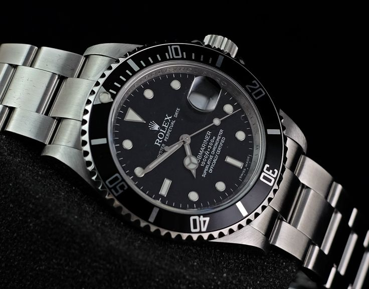 Rolex Submariner Date 16610 Serial 'M'  Ref. No. 16610 Movement Automatic Case Material Steel Case Diameter 40 mm Glass Sapphire Glass Bracelet Material Steel Functions Date, Rotating Bezel, Quick Set   Serial 'M' condition 95%  (Fullset Box Manual Paper)  WE ARE BASED AT JAKARTA - INDONESIA please contact us for any inquiry : whatsapp : +6285723925777 blackberry pin : 2bf5e6b9 #ROLEX #ROLEXGMT #LUXURY #LUXURYWATCH #FORSALE #HOROLOGIE