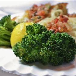 Easy Lemon and Garlic Broccoli