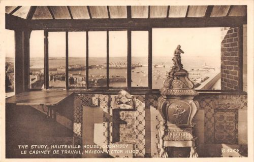 bastille opening hours