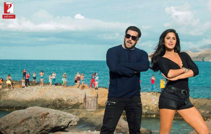 Tiger Zinda Hai Song Swag Se Swagat Still: Salman Khan And Katrina Kaif Twin In Style