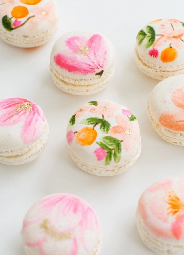 Once more with sugar  These floral macarons are almost too pretty to eat.