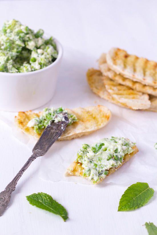 Recept doperwten feta munt spread voor crostini