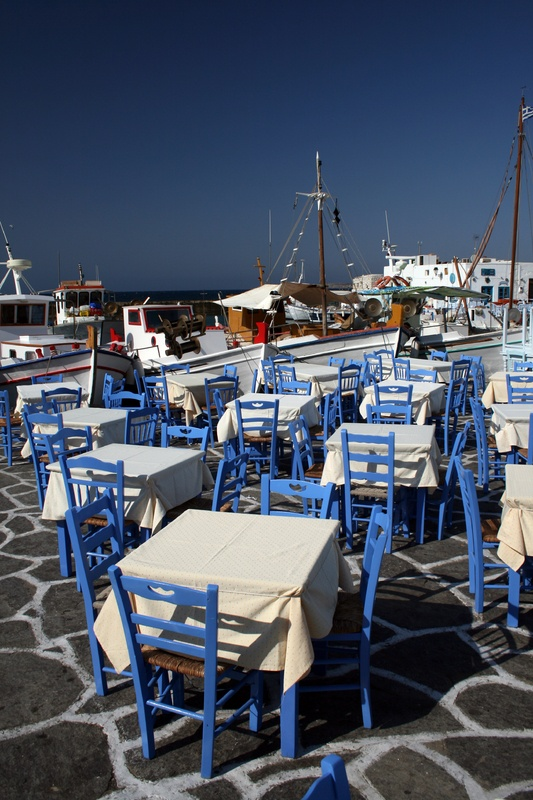 Paros, a nice litte place with easy access from Athens