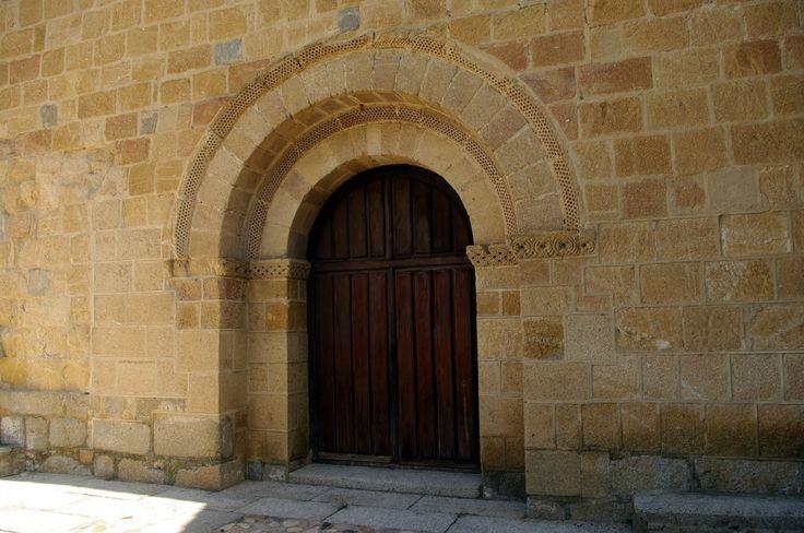 Fotos de:  Ávila - Románico - Iglesia de San Nicolás