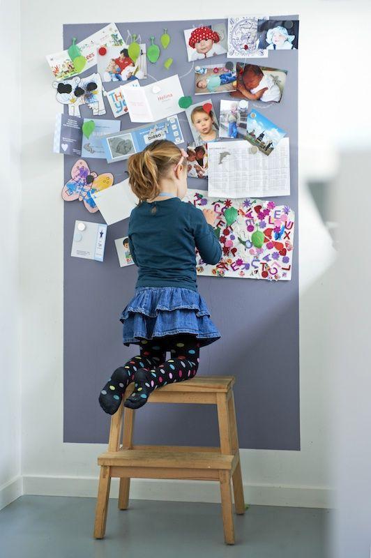 Hang alles op! Bv op deze wand van dik vilt Wil je een bord uit vilt maken kijk eens op http://www.bijviltenzo.nl Ook leuk uit Design vilt