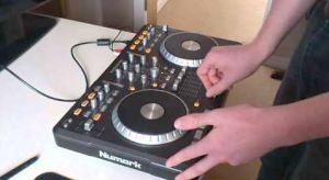 Numark Mixtrack Pro