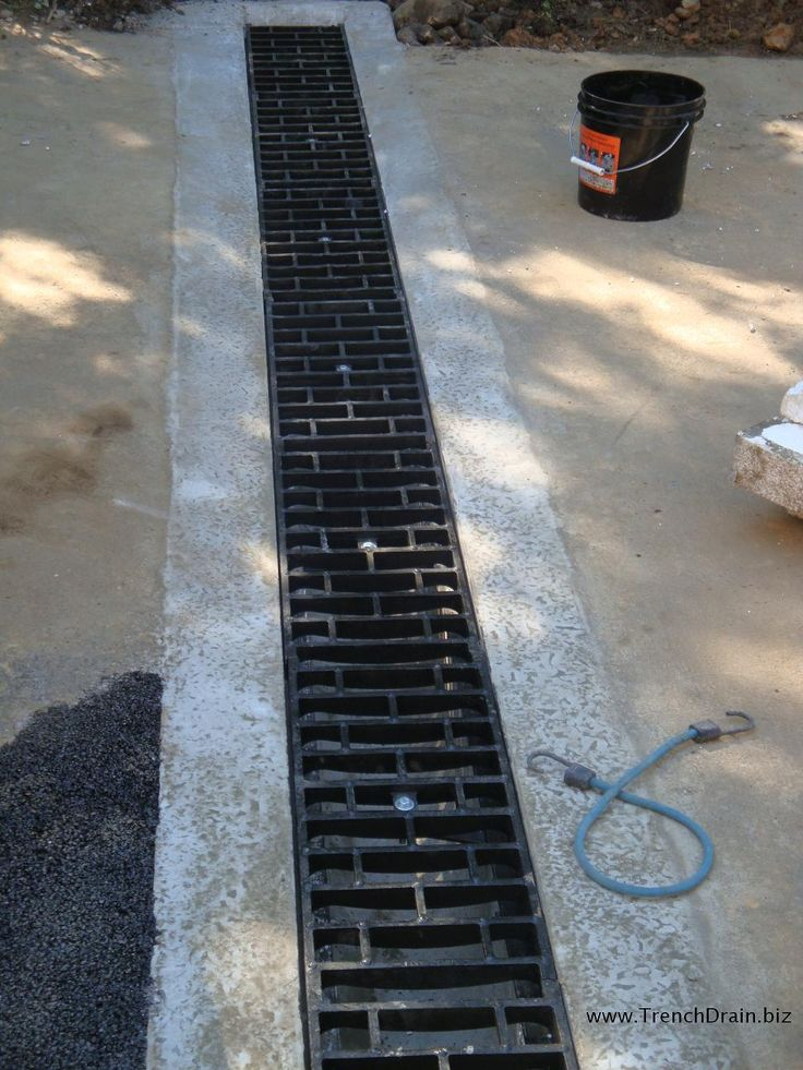 Best 25 trench drain ideas on pinterest trench drain for Driveway trench drain