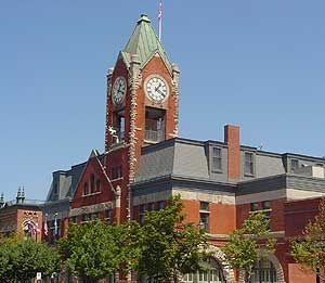 ~ Collingwood City Hall ~ Collingwood, Ontario, Canada ~ lwy