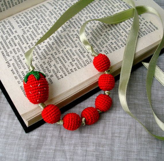 love this crochet strawberry necklace