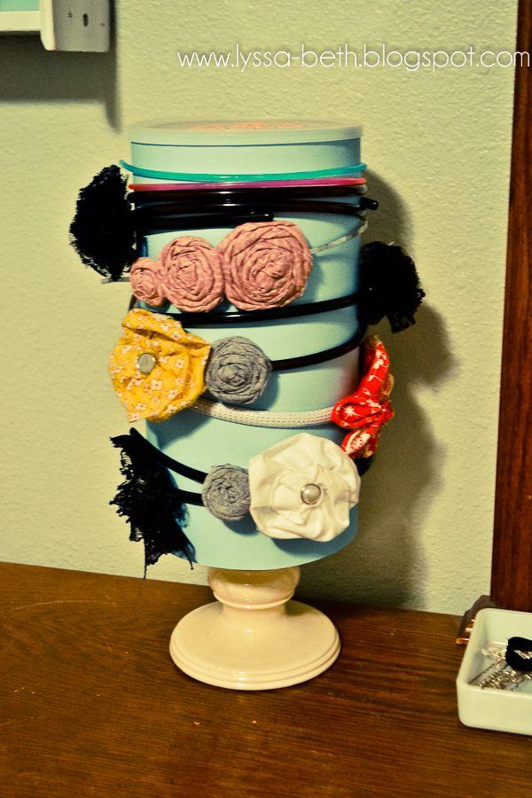 headband holder - catherine needs several of these: Head Bands, Candles Holders, Diy Headbands, Ruffles Sunshine, Hair Accessories, Headbands Holders, Headbands Organizations, Girls Headbands, Oatmeal Container