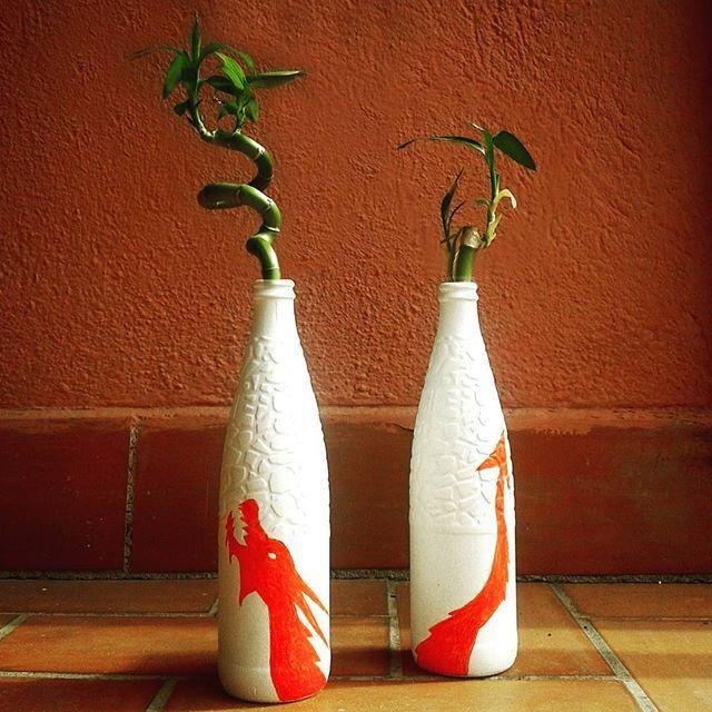 Jarrones elaborados con botellas de Vichy Catalan de @tony_top7