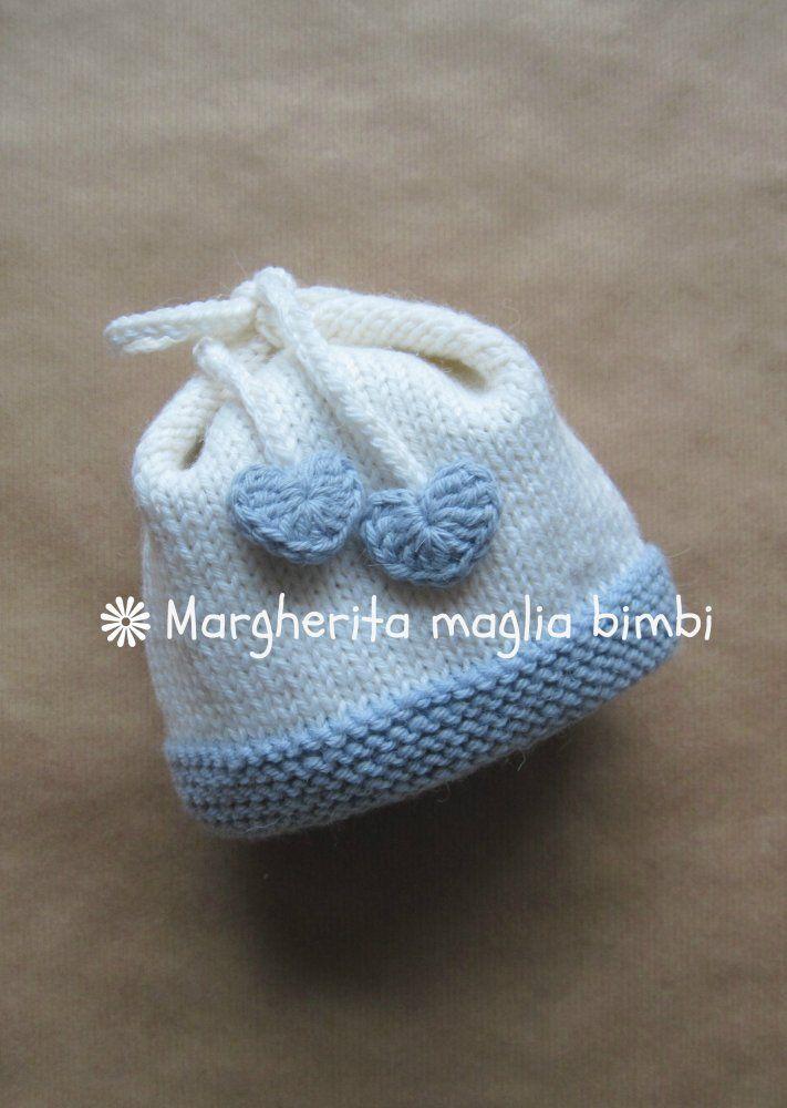 Super Cuffia, berretto, cappellino neonato con fiocco e cuoricini bianco UX82