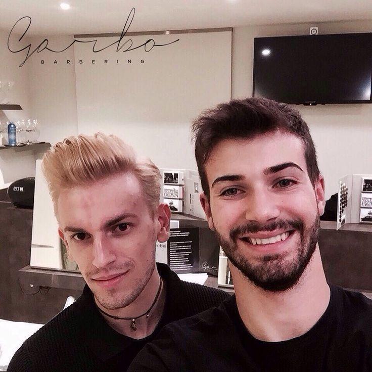 """Grande Maxxx da Nero a Biondo ! Schiaritura controllata nel pieno rispetto del capello! Tonalizzato poi con un """"Ghiaccio Caldo"""". Per la perfetta vitalità della cute utilizziamo PappaReale alla fine delle colorazioni per riportare la cute in una situaIoni di piena vivacità  --- #colore #blonde #biondo #light #garbobarbering #uomo #taglio #capelli #sfumatureneicapelli #nuovotaglio #nuovo #moda #tendenza #barberia #instahair #gropellocairoli #garlasco #vigevano #pavia #milano"""