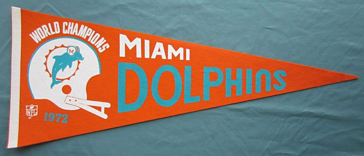 1972 MIAMI DOLPHINS! I still have this one.