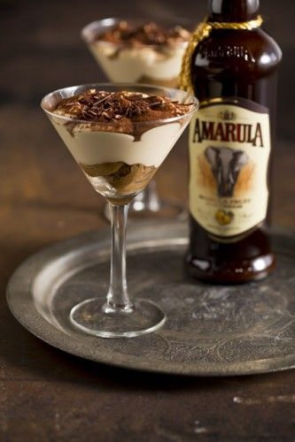 I love elegant desserts, this is a nice twist to the traditionaltiramisu using the delicious south african liquor Amarula