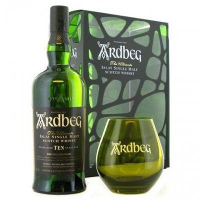 Szkocka whisky w zestawie ze szklanką w kolorze butelki, zapakowana w półprzezroczystym opakowaniu. W opinii znawców uchodzi za najbardziej torfową spośród wszystkich szkockich whisky, pełna dymu z ogniska i morskiego powietrza, na finiszu słodycz z dymnym posmakiem.
