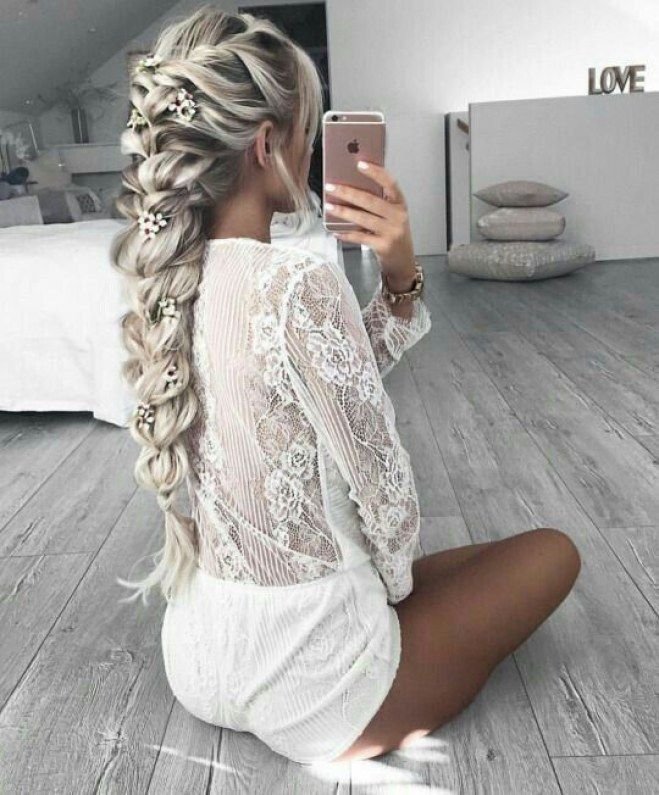 les 25 meilleures id es de la cat gorie blond polaire sur pinterest blond hair 2017 cheveux. Black Bedroom Furniture Sets. Home Design Ideas