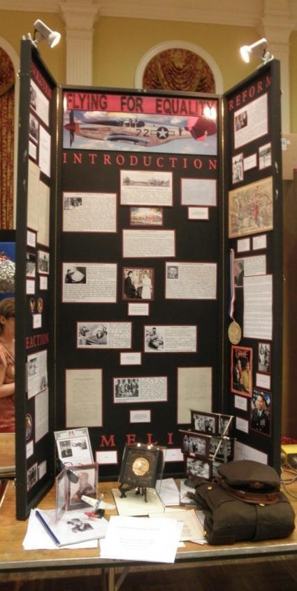 how to create a amazing school history project poster