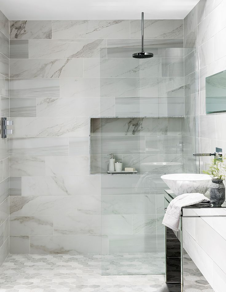 Marble is renowned for its opulence yet no two pieces will ever be alike. Legato combines the look of three classic marble types to provide a striking and distinctive porcelain look. With the delicate, feathery veining of Carrara, the more distinctive patterns of Calacatta and the bold, dramatic look of Statuario, in both matt and polished finishes, creating a mixed marble effect has never been easier.