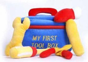 Babyshop@Home - Hoe stoer?!! #Gereedschapskoffer van #Pluche. Je kan niet vroeg genoeg beginnen. #babyshower #geboorte #kraamcadeau #baby #jongens