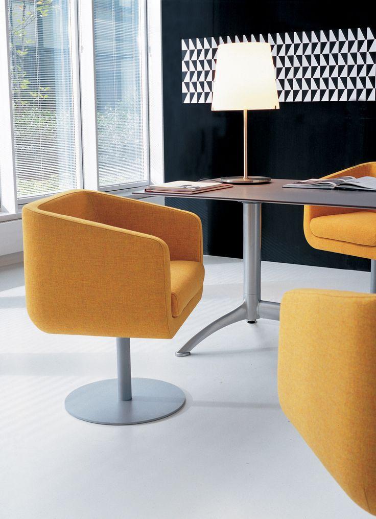 Ro, designed by Roberto Romanello.