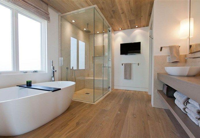 Hakwood flooring - European oak - Provence - Aged - Classical - Naramata Cabin - Lake Okanagan - Canada