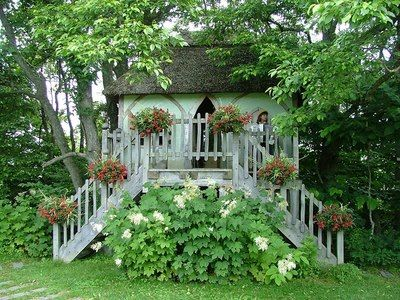 Tree House By Richard Foxcroft