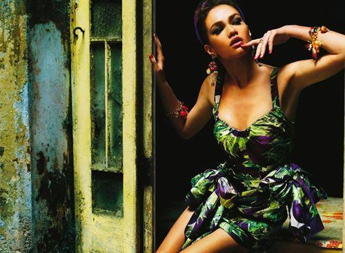 Elena Lomkova | Roberto D'Este | Grazia Italia No. 26 June2012 - 3 Sensual Fashion Editorials | Art Exhibits - Anne of Carversville Women's News