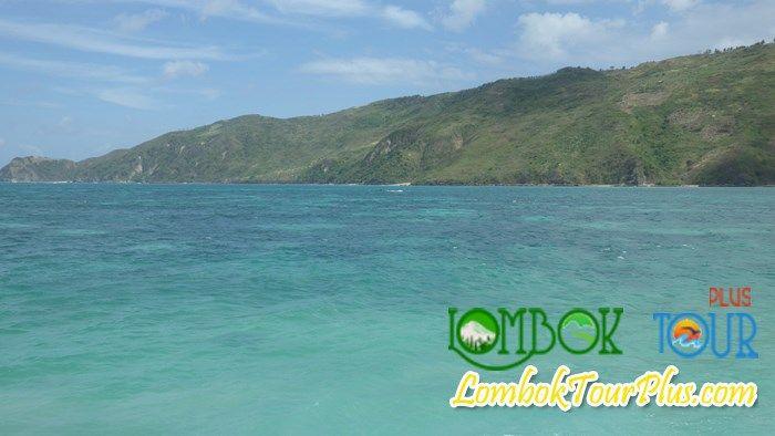 Warna lautan yang berpadu membuat Pantai Kuta semakin mempesona. Lihat selengkapanya yuk di http://lomboktourplus.com/?s=kuta dan jangan lupa untuk mengunjunginya bersama Lombok Tour Plus yah.