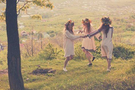 Summer Fairies - Sanziene. Credits Alex Iacobescu