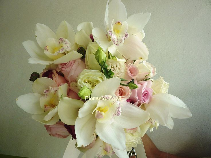 ramo de novia de rosas y orquideas orchids roses bride bouquet bridal bouquets in cancun. Black Bedroom Furniture Sets. Home Design Ideas