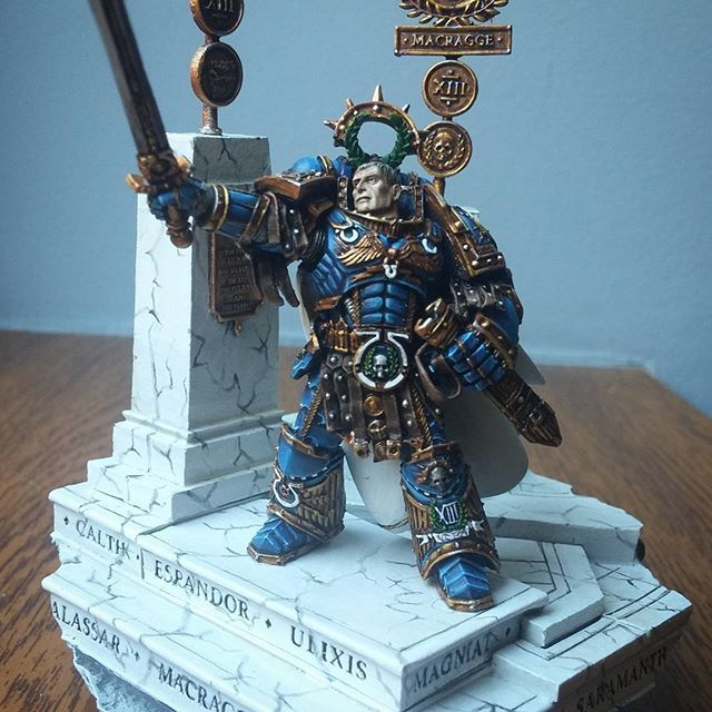 Roboute Guilliman, Primarch of the Ultramarines #forgeworld #paintingforgeworld #paintingmodels #paintingfun #modelpainting #primarch #ultramarine #miniaturepainterscom