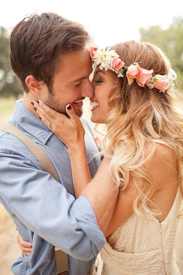 Cinco imagenes de novios enamorados besandose. Estas bonitas fotos muestran una pareja besándose, se muestran muy enamorados, son muy románticas. Si te gustan las puedes descargar a tu celular usar…
