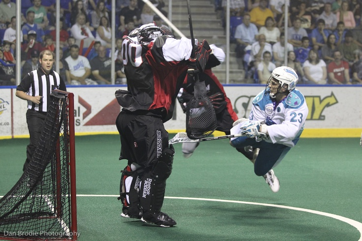 """This is why we call him """"Air Dogger""""! Cory Vitarelli shoots one on net against the Washington Stealth in the NLL Championship."""