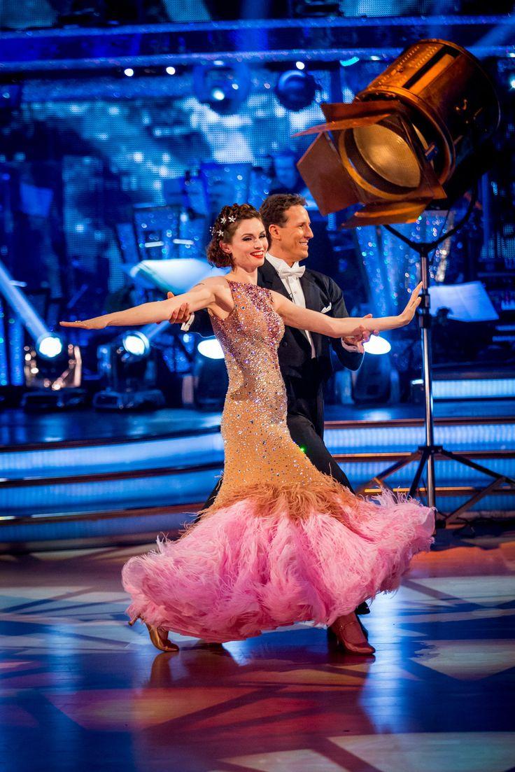 Sophie Ellis Bexter and Brendan Cole - Strictly Come Dancing 2013 - Week 4 #strictly #dressmaking