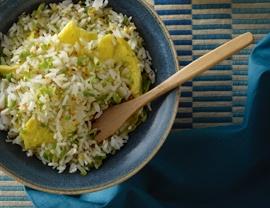 Filipino Garlic Fried Rice....I love this stuff for breakfast