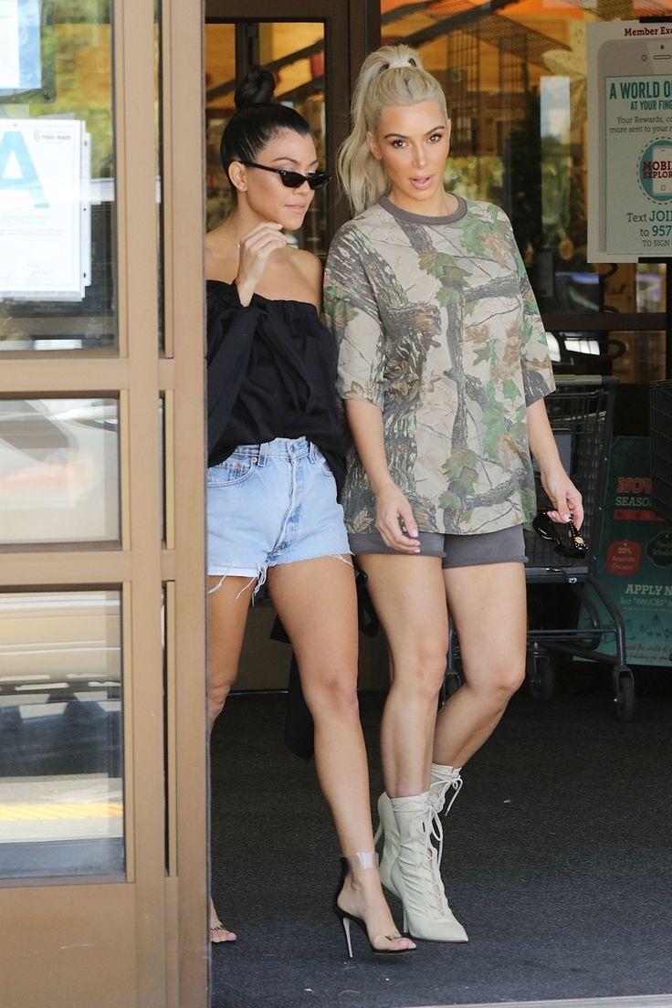 Khloe kardashian flannel shirt   best Outfit images on Pinterest  Armoire Autumn fashion and
