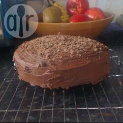 How to make a chocolate Victoria sponge: (Part 1)  Ingredients  Makes: 16 slices 150g butter or margarine 150g caster sugar 110g self-raising flour 40g cocoa powder 3 medium sized eggs 165g icing sugar 35g cocoa powder 100g butter, softened 1 teaspoon vanilla extract   This is part 1 part 2 will come after wards