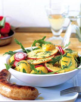 Kartoffelsalat mit Radieschen und Apfel  German potato salad with radishes and apples