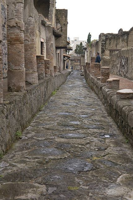 Herculano, Italia. Un antiguo pueblo completamente perfecto estado de conservación en el camino de Pompeyo. Soplado mente Bloody, impresionante!