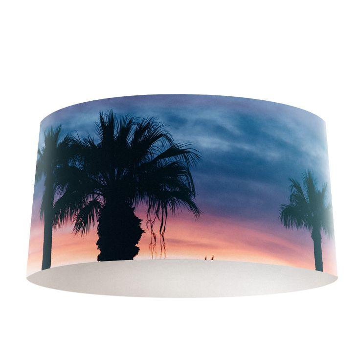 Lampenkap Palmbomen silhouette | Bestel lampenkappen voorzien van digitale print op hoogwaardige kunststof vandaag nog bij YouPri. Verkrijgbaar in verschillende maten en geschikt voor diverse ruimtes. Te bestellen met een eigen afbeelding of een print uit onze collectie.  #lampenkap #lampenkappen #lamp #interieur #interieurdesign #woonruimte #slaapkamer #maken #pimpen #diy #modern #bekleden #design #foto #natuur #strand #vakantie #palmboom #palmbomen #natuur