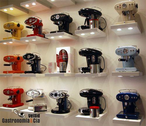 Illy Caffe, cafeteras express de diseño italiano línea Francis Francis