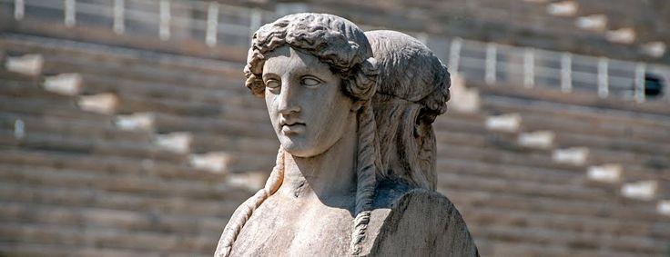 Simon Sturm - Statue in Kallimarmaron Stadion Athens Greece #hellas #stadium http://www.panoramio.com/photo/105549666